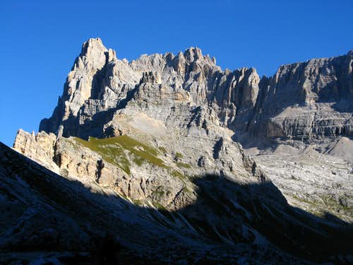 Sorapiss in the early morning