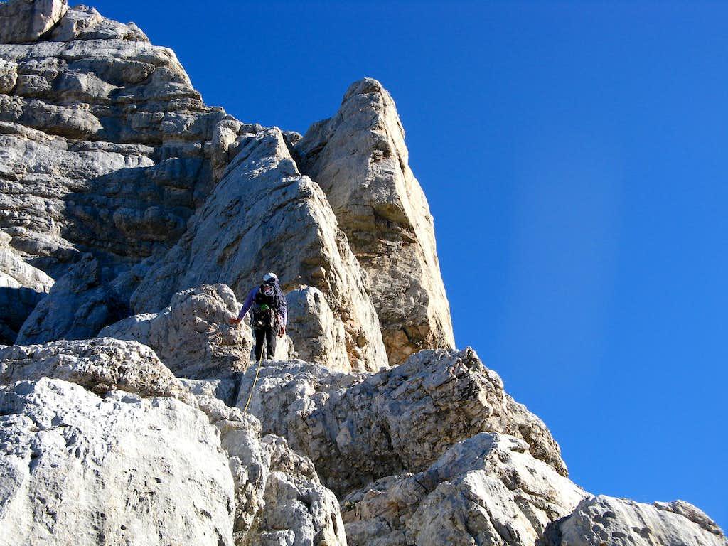 Torre dei Sabbioni, starting the climb