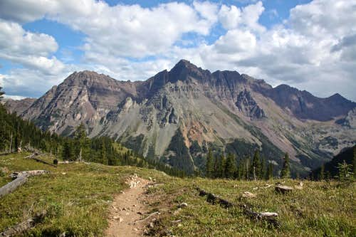 Trail to Buckskin Pass