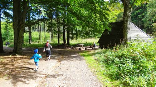Junction and shelter near the Czech border