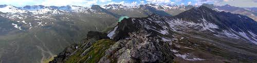 Klein Vallüla summit panorama