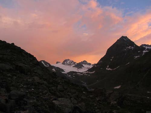 Nightfall at the head of the Jamtal valley