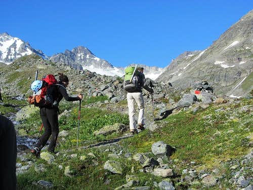 Heading up the Jamtal valley, with the Dreiländerspitze (3197m) just left of center