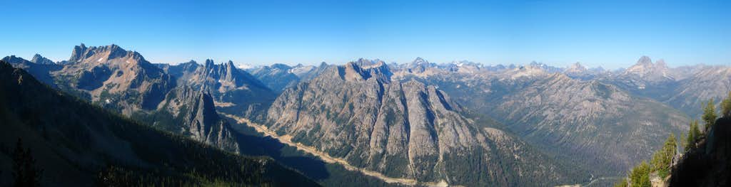 Panorama from Burgundy Spire