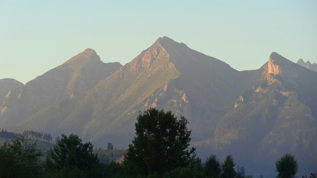 Sunrise on the Tatry Belianske