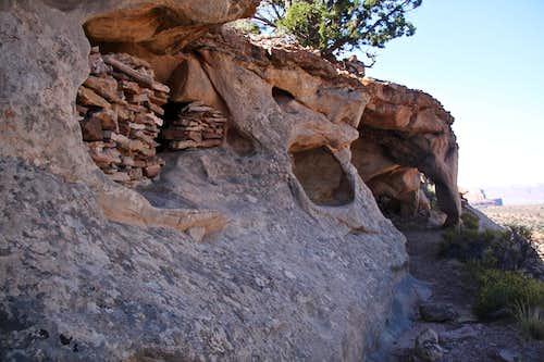 Granaries along Aztec Butte