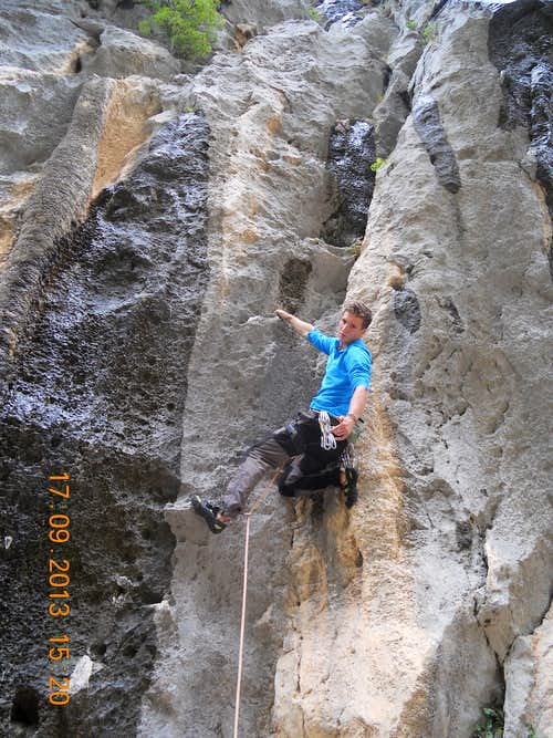 Warm up - sport route in Paklenica