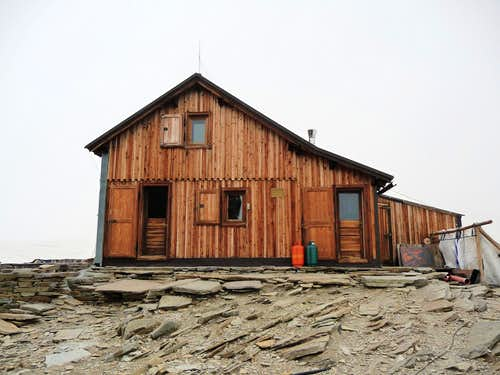 Old Quintino Sella Hut