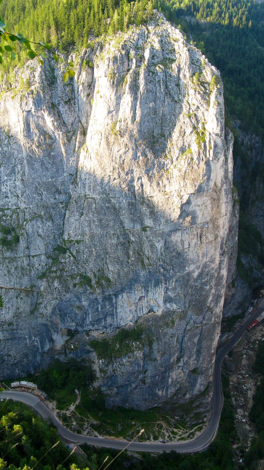 Bardocz wall (1011m)