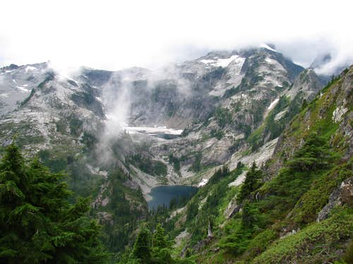 North Cascades National Park: Sunshine on Cloudy Days