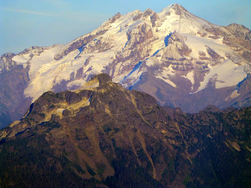 Glacier Peak and Pugh Mountain from Three Fingers - September 2013
