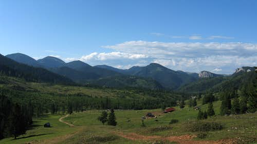 Suhardul-Licaşul ridge