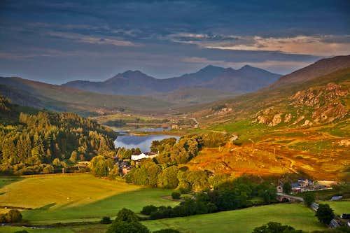 Autumnal morning, Snowdonia