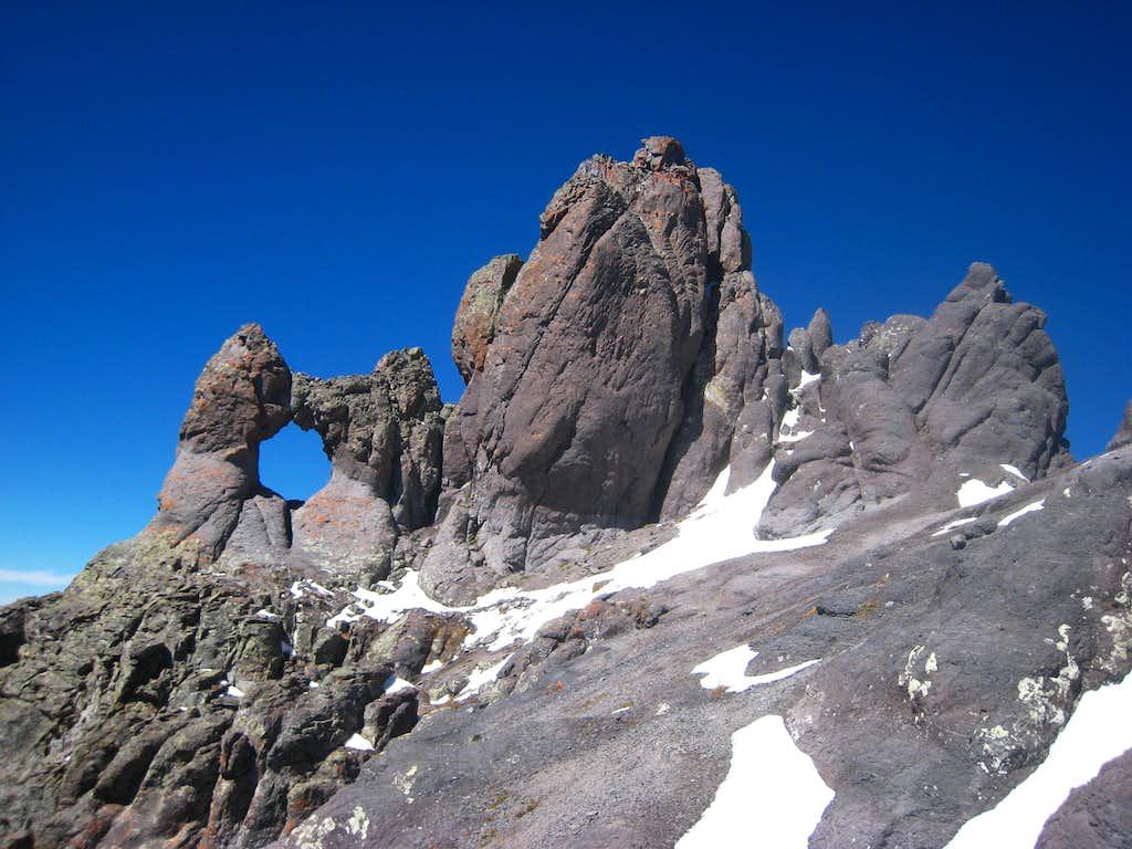 The summit block of Teakettle