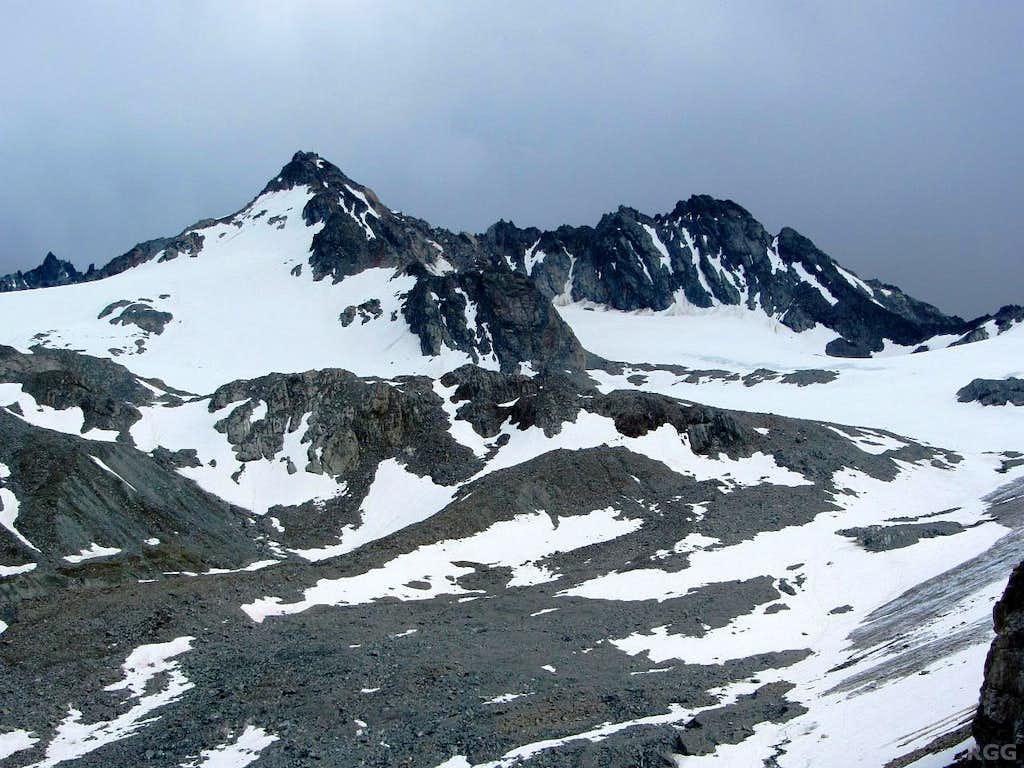 Dreiländerspitze (3197m) from the northwest