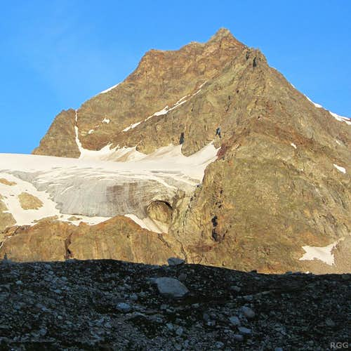 Silvrettahorn (3244m) from the east