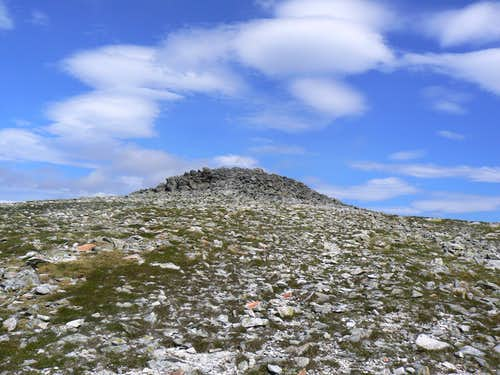 Gabhar Summit Rocks