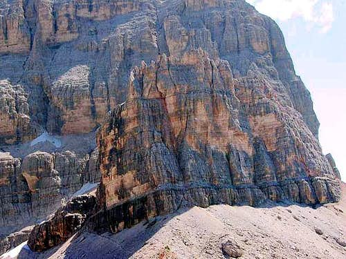 Il Castelletto, a rock full...