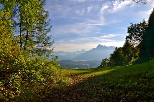 Autumn view from Gersberg above Salzburg...