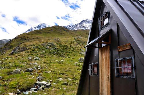 Petit Avert Turati's Refuge with Tersiva & Tessonet Points