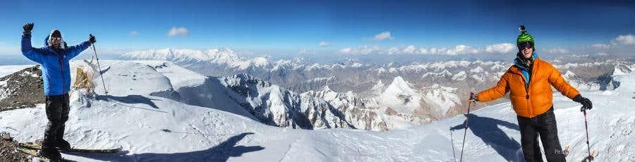 Muztagh Ata Summit Shot