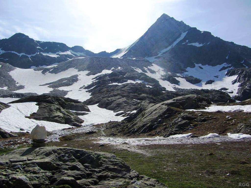Lodner (3228m) from the west, high in the Zieltal
