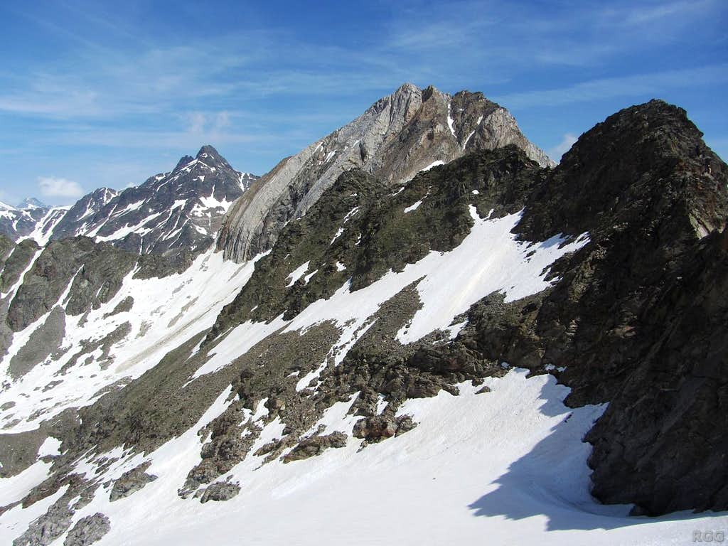 Hochwilde (3480m) and Hohe Weiße (3278m) from the south, high on the slopes of the Lodner