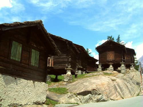 Traditional Walser houses in Saas Fee