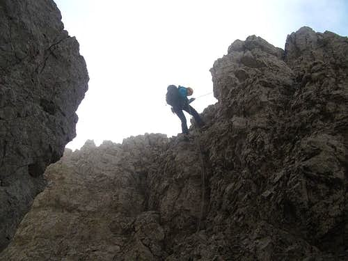 Abseiling to Forcella della Ghiacciaia