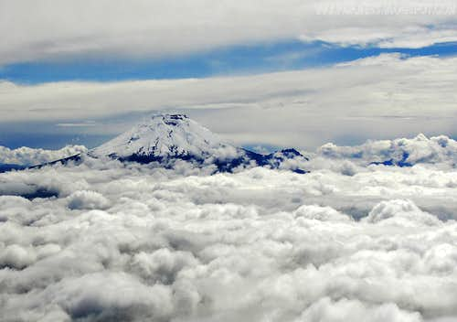 Cotopaxi from the Illinizas
