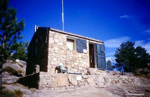 The old little hut of Paliri