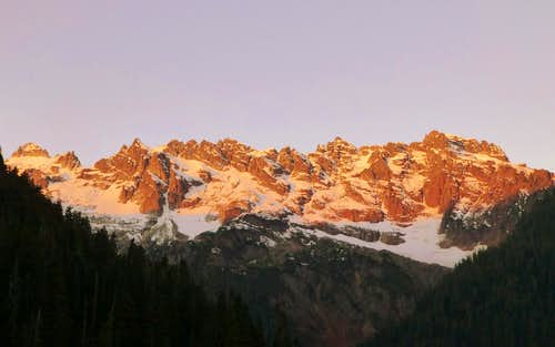 Early morning sunrise on the Monte Cristo preaks