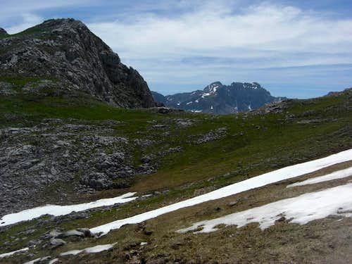 Picos and Pica del Jierro