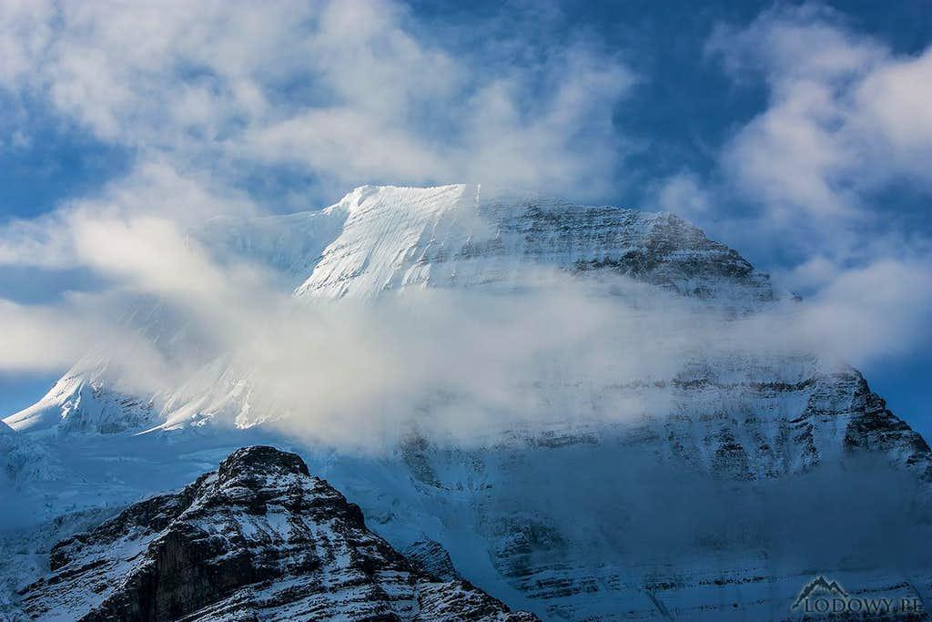Mt. Robson summit dome