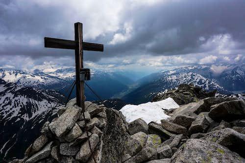 Klein Furkahorn (9928 ft / 3026 m) summit cross