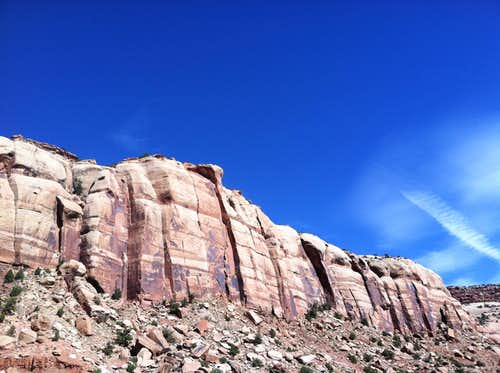 Donnelley Canyon Cliffs, Indian Creek, Utah