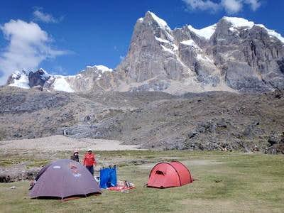 The camp San Antonio with the western wall of Nevado Cuyoc (5550 meters sea-level)
