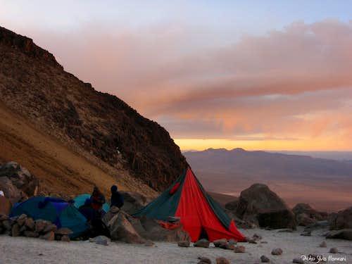 Nevado Chachani base camp m. 5100 over Pampa de Matacaballo