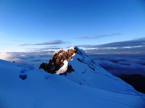 Antisana, view of the south summit at dawn