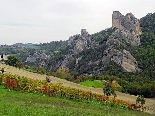 Vineyard below Rocca Malatina