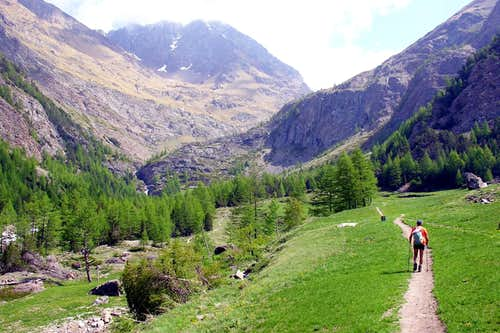 Point of Ervillères from Dzemillan So, we went ... 2005