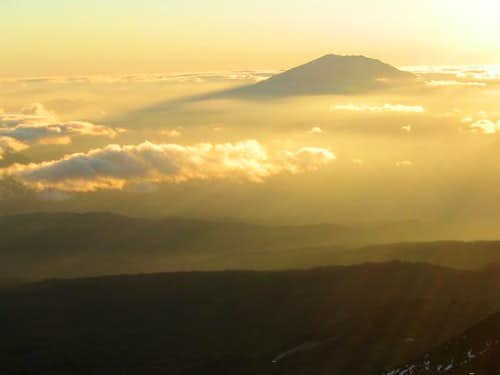 sunset on Mount Saint-Helen,...