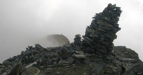 A big cairn on Roteck