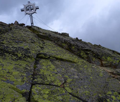Gaiskogel summit cross