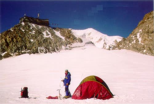 Our tent to the Colle del...