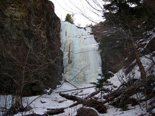 Hellroaring Falls