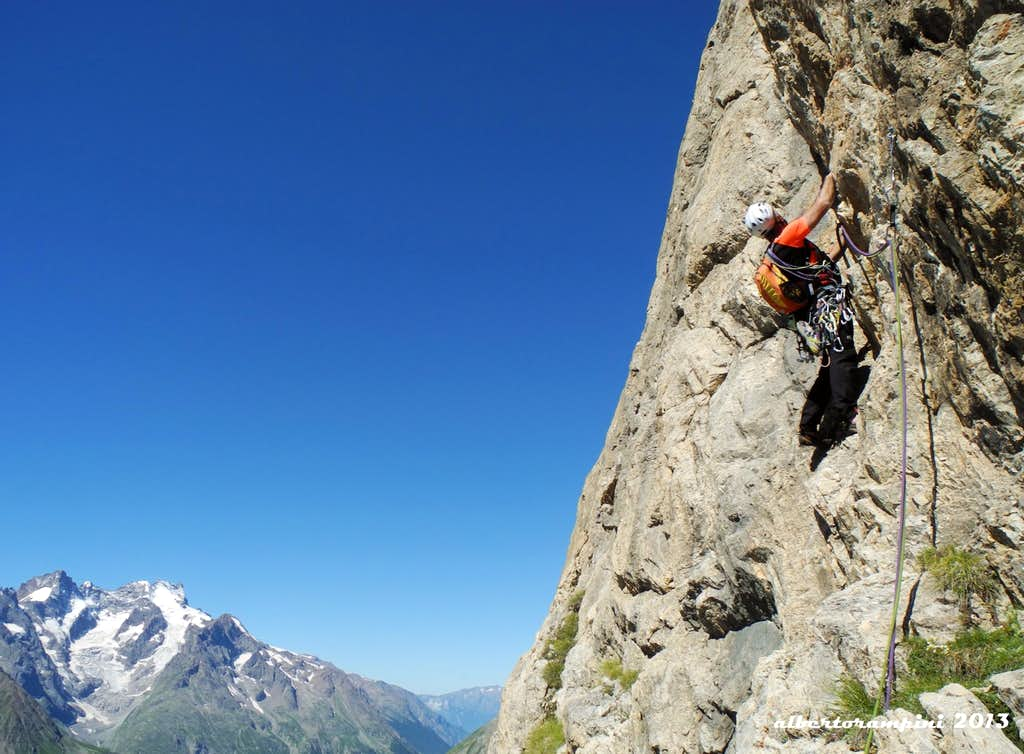 A panoramic traverse on