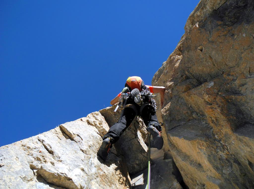 Climbing the fifth pitch crack