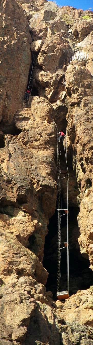 Jan (and Jan again) on the airy ladders of Via Ferrata Jesús Beitia