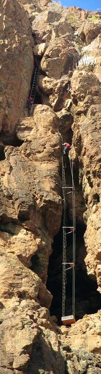 Jan (and Jan again) on the airy ladders of Via Ferrata Jesús Beitia